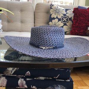 COACH Broad Floppy Hat
